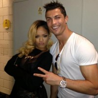 rihanna-cristiano-ronaldo-diamonds-tour